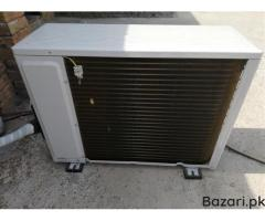 13 days used Haier 1.5 Ton Inverter Series AC (HSU18HNR) For sale