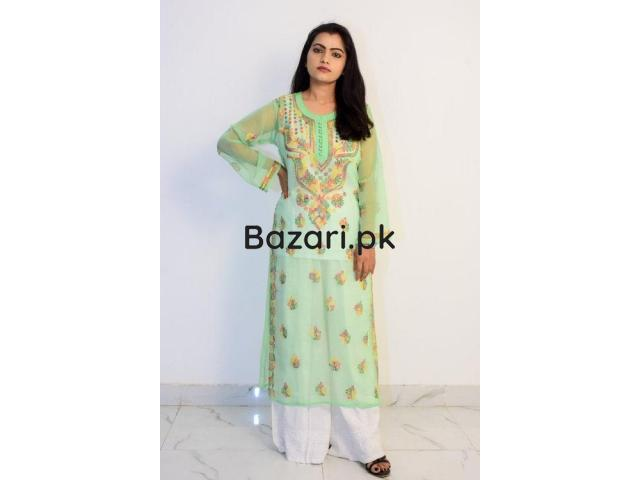 Buy Hand Embroidered Lucknowi Chikan Kurti With Palazzo Light Green - 1