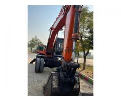 Excavator Hitachi 150 good condition crane  in burewala
