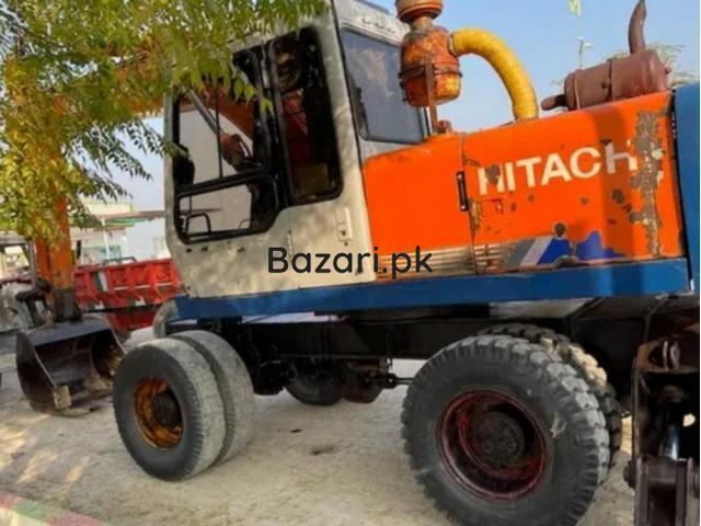 Excavator Hitachi 150 good condition crane  in burewala - 2